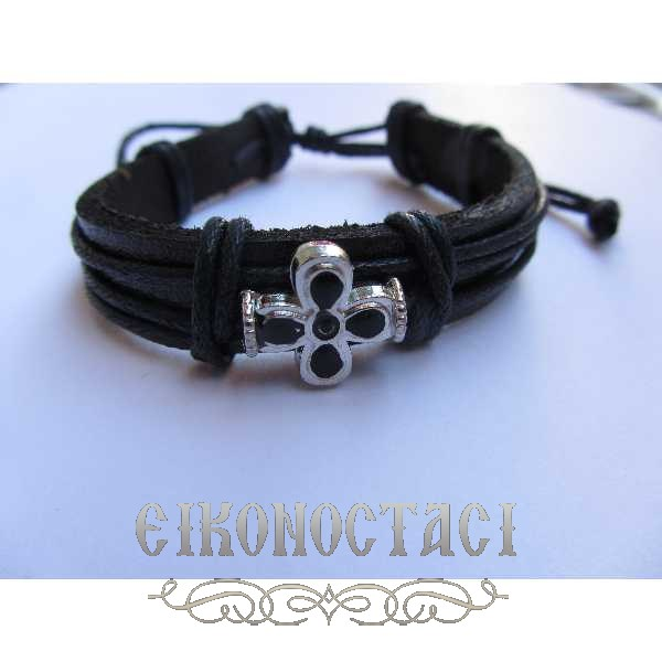 LEATHER BRACELET WITH METALLIC CROSS 3