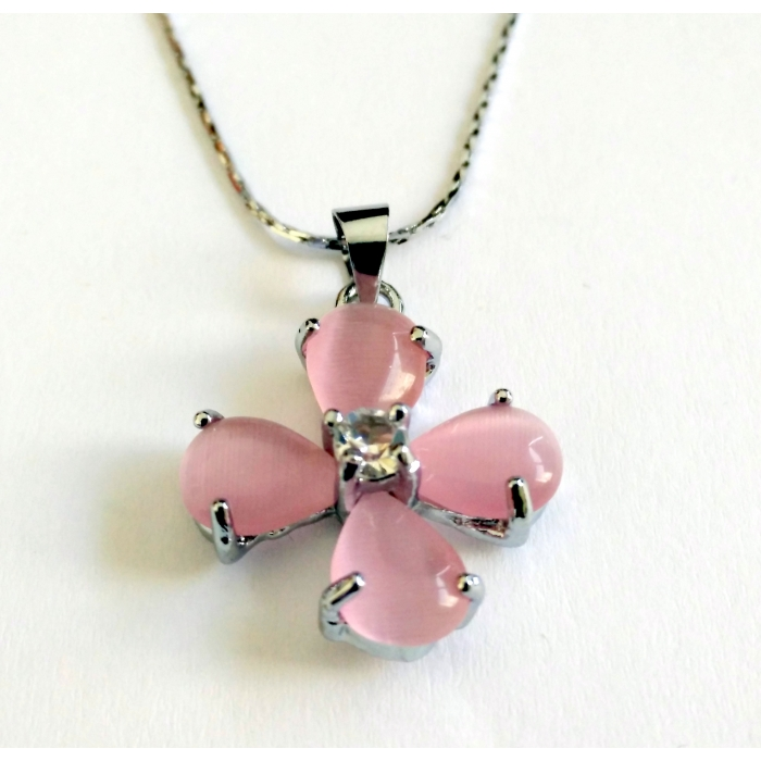 WOMENS CROSS PENDANT WITH CRYSTALS no.25